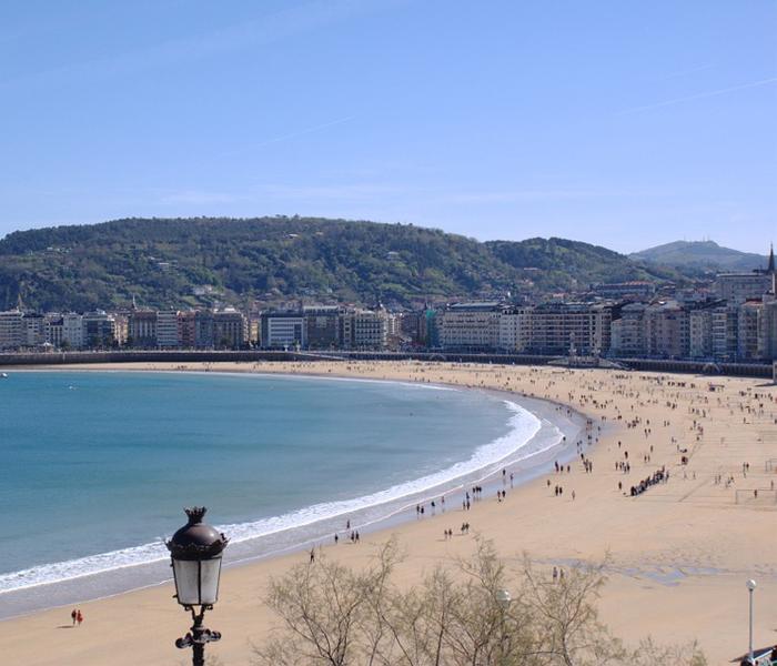 Playa_De_La_Concha_Buena