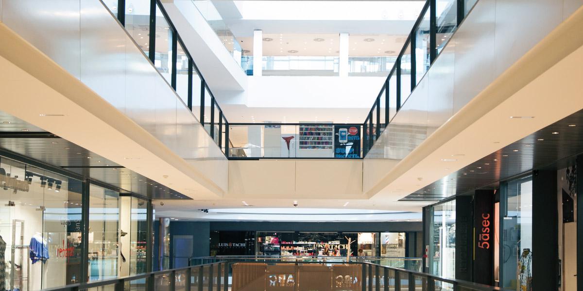 centro comercial abc serrano, ocio madrid, escaleras mecanicas, shopping, compras, gastronomía