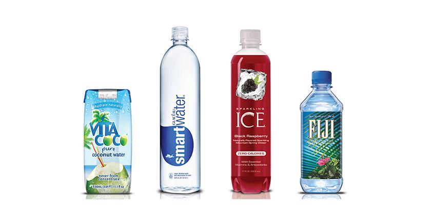 botellas de agua de colores