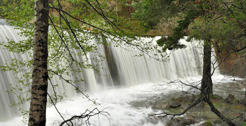 pueblos con encanto cerca de madrid cascadas y naturaleza