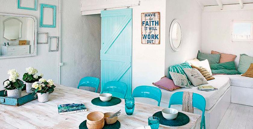 decora tu casa de verano casa tonos azules y madera